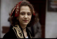 il rito pasquale ortodosso: sfilata delle donne in costume  - Piana degli albanesi (17879 clic)