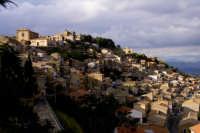 quartiere di san Giacomo  - Aidone (4860 clic)