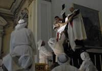 venerdý santo: Cristo sceso dalla croce  - Leonforte (3711 clic)