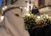 venerdý santo: la processione dell' addolorata  - Leonforte (3604 clic)