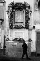 altarino infiorato per S. Sebastiano  - Acireale (2534 clic)