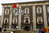 Red Bull bikers in P. Duomo  - Catania (2311 clic)