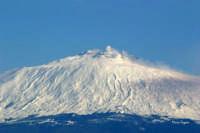 Etna innevata vista da Agira  - Agira (8573 clic)