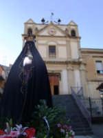 Maria Maddelena della Chiesa Maria SS Annunziata. D'avanti la Chiesa pronta per l'incontro con Cristo Risorto il Giorno di Pascqua.  - Leonforte (3794 clic)
