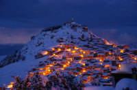 Mistretta di sera sotto la neve  - Mistretta (11037 clic)