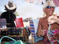 Petit commerce de la plage (Mollarella)juillet2007  - Licata (2459 clic)