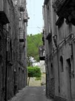 Vicolo del centro storico  - Piazza armerina (2338 clic)