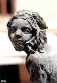 Piazza Aldo Moro - Particolare della Fontana delle Fanciulle  - Campobello di licata (4341 clic)