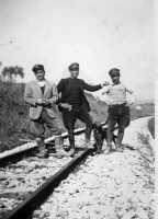 foto antica (ferrovieri)  - San carlo di chiusa sclafani (4150 clic)
