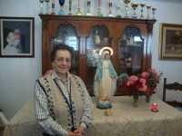 LA MADONNA NELLE CASE DEI SANCARLESI il 16 Maggio 2010 la madonna viene accolta dalla sign.Giuseppina Catalano (Doria)  - Chiusa sclafani (3572 clic)