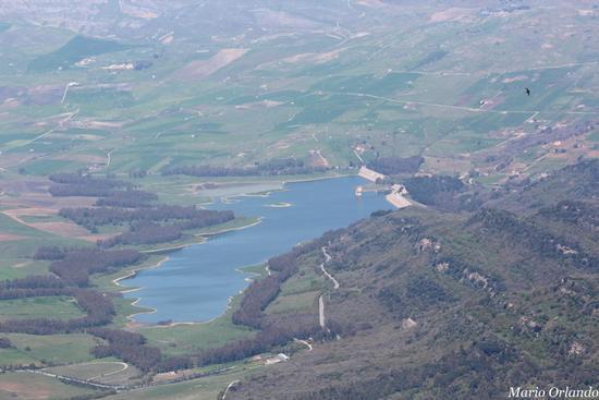 Lago dello Scanzano... - FICUZZA - inserita il 13-Apr-12