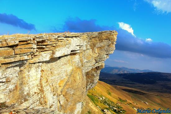 La vetta di Monte Cardellia . . . - CORLEONE - inserita il 04-Sep-13