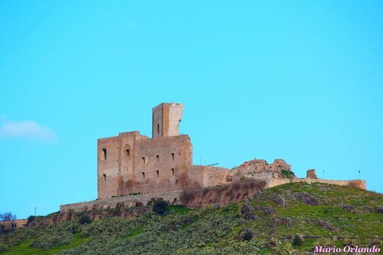 Il castello di Misilmeri... - MISILMERI - inserita il 28-Feb-13