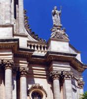 Particolare prospetto della chiesa di San Giovanni Evangelista  - Modica (2767 clic)
