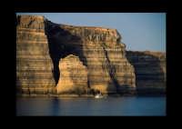 faraglioni  - Lampedusa (5656 clic)