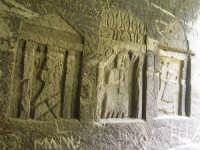 Calarossa, cave di pietra abbandonate, graffiti  - Favignana (4547 clic)