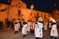 Venerabile confraternita della Carità in processione.   - Licata (1926 clic)