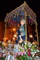 Madonna addolorata di Sant'Agostino in processione.    - Licata (1924 clic)