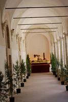 Simulacro del Cristo alla colonna esposto al chiostro di San Francesco, Venerabile Confraternita della Carità.   - Licata (2021 clic)