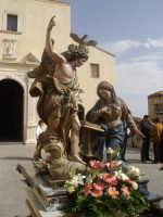 MAdonna Annunziata del Quattrocchi pronta per la processione dello Spirito Santo  - Gangi (4904 clic)