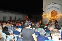 Messa di ferragosto all'aperto Messa di ferragosto nei quartieri di Chiusa Sclafani (Piazza Colonna) 2012  - Chiusa sclafani (2617 clic)