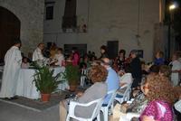 Messa di ferragosto all'aperto Messa di ferragosto nei quartieri di Chiusa Sclafani. (Piazza Colonna) 2012  - Chiusa sclafani (2441 clic)