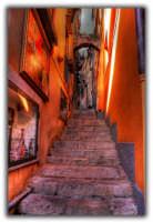 Elaborazione grafica in H.D.R. (vicolo)  - Taormina (2199 clic)
