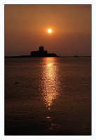 L'antico carcere della Colombaia al tramonto  - Trapani (1274 clic)