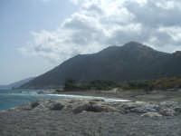 Foto scattata dalla spiaggia di Brolo.  - Brolo (9712 clic)