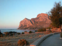 I colori del tramonto  - Sferracavallo (4871 clic)