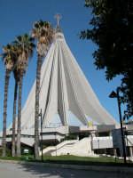 Santuario della Madonna delle Lacrime Santuario della Madonna delle Lacrime  - Siracusa (3145 clic)
