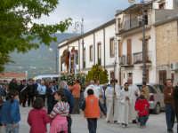 Processione per la riapertura della Chiesa Di San Michele 8 maggio 2009  - Chiusa sclafani (4125 clic)
