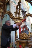 Il Rettore della Festa SS. Crocifisso 25 maggio 2010  - Chiusa sclafani (3981 clic)