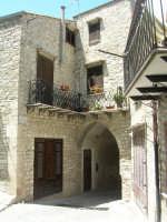 Via Arco Vuoto  - Chiusa sclafani (5873 clic)