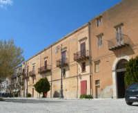 Piazza Castello Palazzo Sclafani foto 5 Aprile 2009  - Chiusa sclafani (3301 clic)