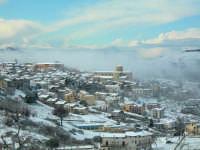 Veduta di Chiusa Sclafani sotto la neve 13 febbraio 2009  - Chiusa sclafani (3396 clic)