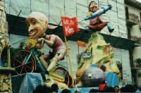 Il pirata al Giro - Carnevale di Sciacca 2001  - Sciacca (5320 clic)
