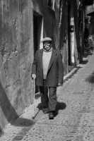 Nonno con baffi e bastone  - Cefalù (2910 clic)