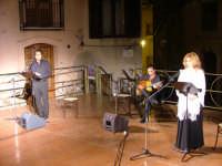 Amores, Amandi:testi di Ovidio - Debora Caprioglio e Milo Vallone - 22-08-2008  - San mauro castelverde (1151 clic)