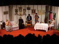 Casa e Chiesa commedia del Gruppo Teatro Jonathan 26 Luglio 2008  - San mauro castelverde (1087 clic)