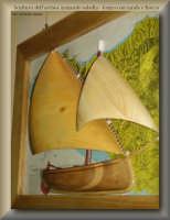 Artigianato artistico licatese - mezzo scafo di un gozzo a vela latina  - Licata (2062 clic)
