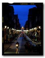 Via Garibaldi (Catania) poco dopo il tramonto  - Catania (4312 clic)
