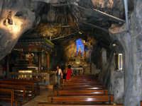 Santuario di Santa Rosalia protettrice della città di palermo, sul Monte Pellegrino  - Palermo (8995 clic)