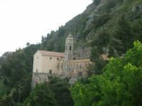 Il Santuario di Maria SS del Balzo  - Bisacquino (6450 clic)