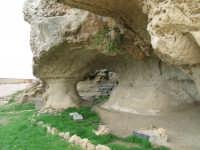 Grotta d'accesso alla Rocca di Cerere. [Foto: Zef Cinquegrani] ENNA Zef Cinquegrani