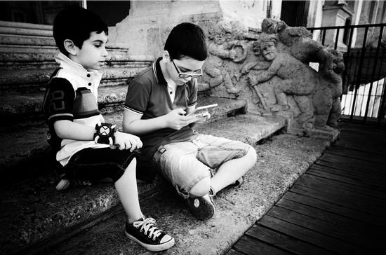 tra i nuovi e vecchi giochi d'infanzia  - CALTANISSETTA - inserita il 04-Jul-12
