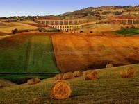 Ponte ferroviario Caltanissetta xirbi (5642 clic)