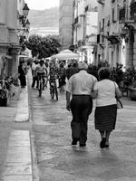 Paseggiata al centro   - Trapani (3053 clic)