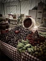Odori e profumi di Sicilia   - Termini imerese (1996 clic)
