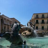 Fontana del Tritone   - Caltanissetta (1724 clic)